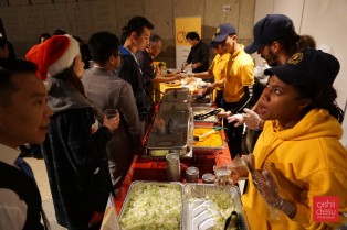 Very friendly and great staff (Halal Guys)